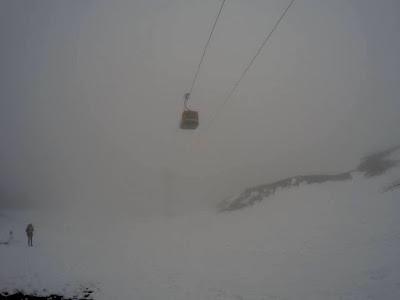 Etna zimą mgła kolejka
