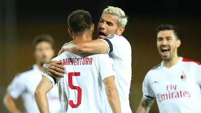L'esultanza dei rossoneri in occasione del goal realizzato da Bonaventura.