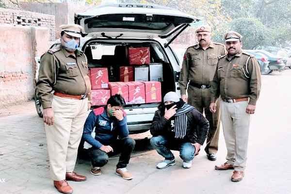 faridabad-nit-3-police-chowki-caught-illegal-wine-news