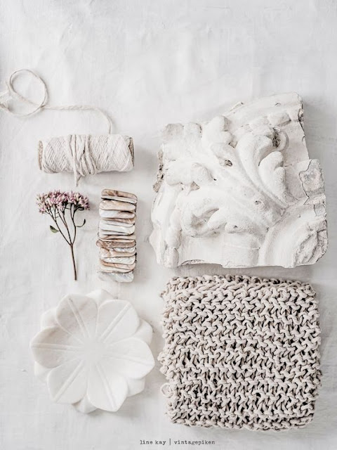 Happy Weekend Dusted in White {Cool Chic Style Fashion}