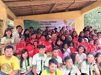 Bakti Sosial, Pemuda Katolik Kabupaten Bogor Beri Peralatan Sekolah Warga Rumpin