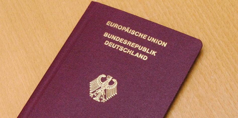 جواز السفر الألماني الأول عالمياً
