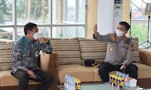 Jalin Hubungan Baik, Kapolres Sidrap Kunjungi Rektor UNM Rappang