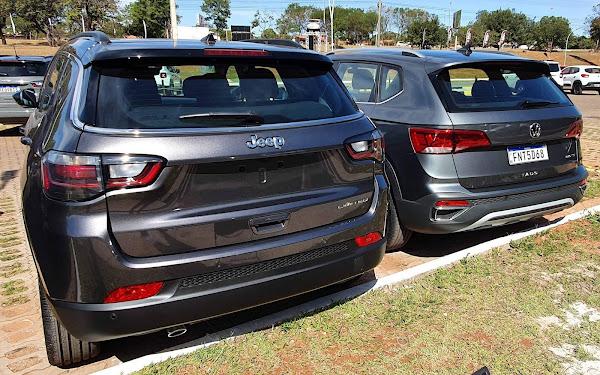 VW Taos x Jeep Compass Flex: traseira