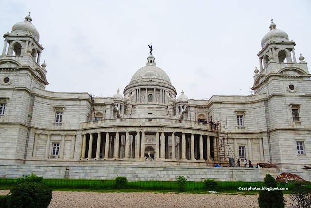 Side View of Victoria Memorial, Kolkata