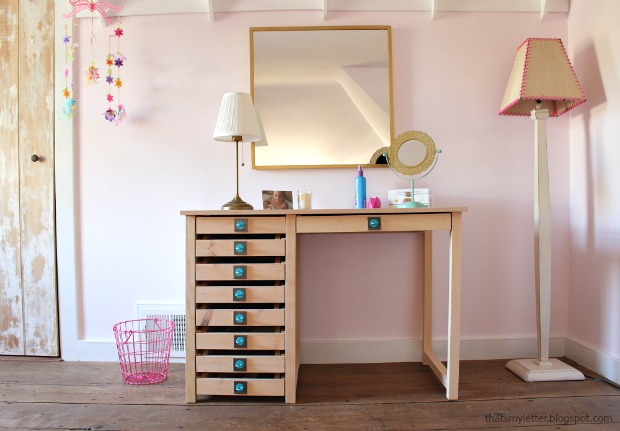 diy vanity desk with Simpson Strong-Tie hardware pulls