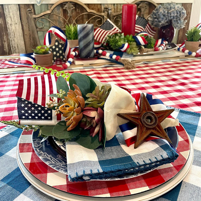 Patriotic Tablescape by Thistle Thicket Studio. www.thistlethicketstudio.com