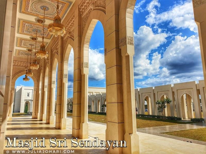 Masjid Sri Sendayan, Negeri Sembilan keunikan dan kecantikan tidak terperi !