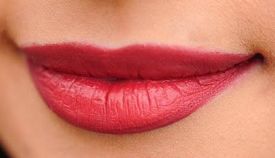 Bibir indah