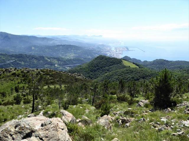 panorama voltri dal sentiero liguria