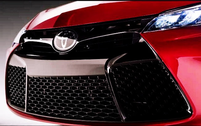 2017 Toyota Camry XSE Specs red