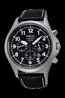 montre d'inspiration militaire avec chronographe