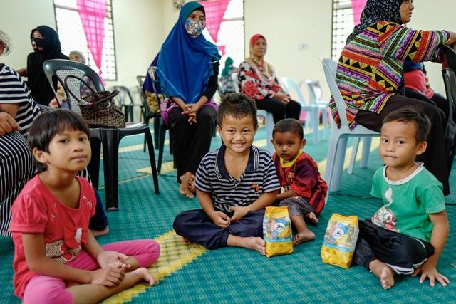 Keceriaan #AyamBersamamu Di Kampung orang Asli Changkat Bintang, Selangor