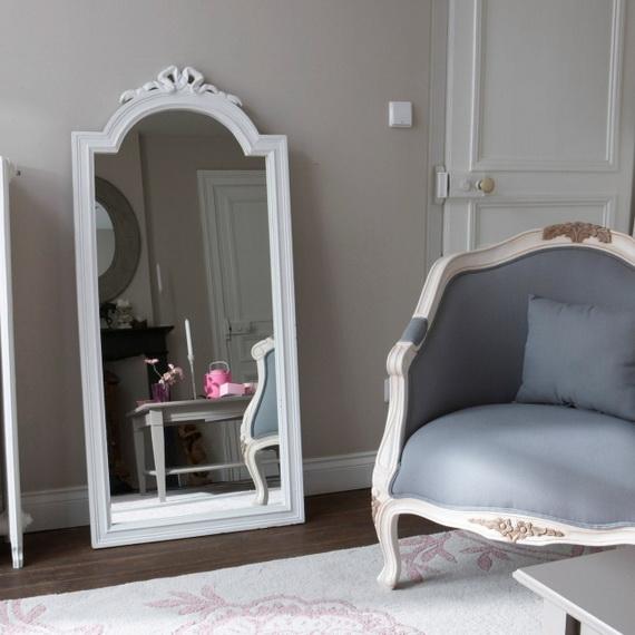 deco chambre interieur miroirs magnifiques pour votre. Black Bedroom Furniture Sets. Home Design Ideas
