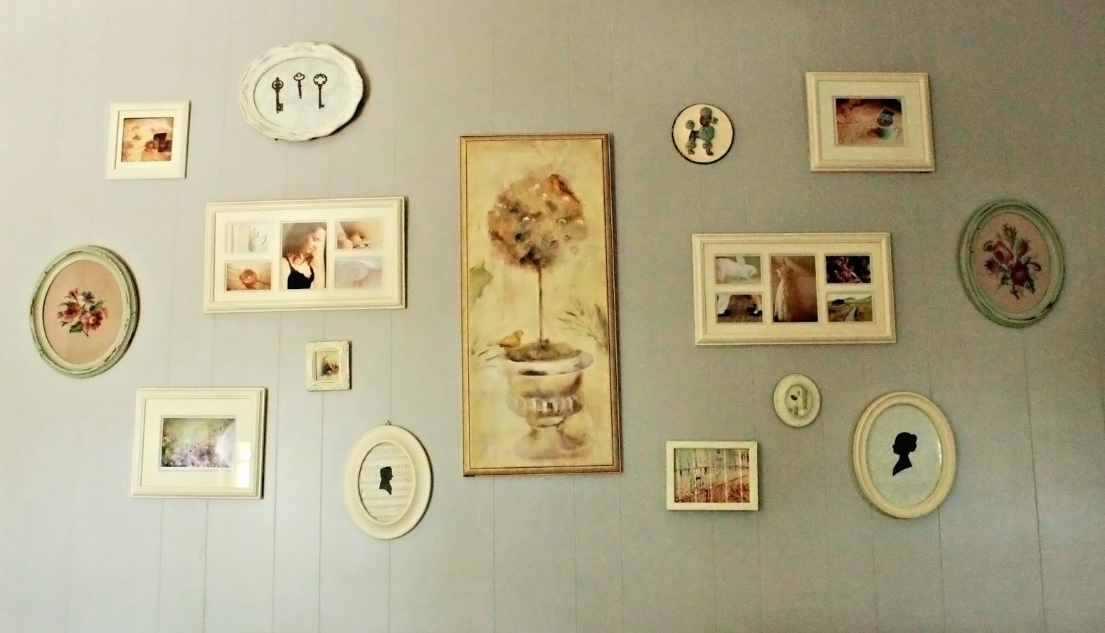 5 Tips For Creating Your Wall Collage Bleu Avenue