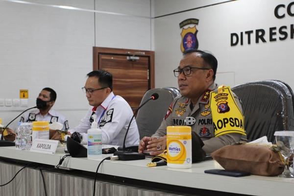 Melalui Aplikasi Hanyaken Musuh, Kapolda Kalteng Pantau Hot Spot di Polres Jajaran