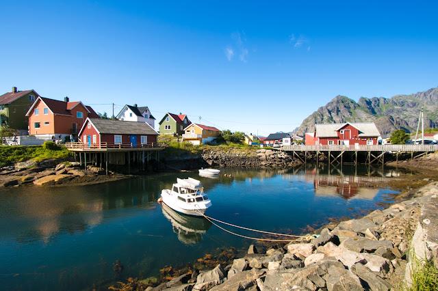 Rorbuer a Henningsvaer-Isole Lofoten