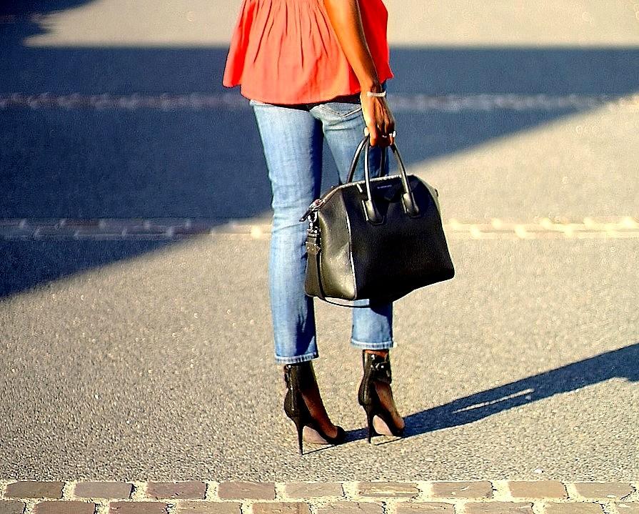 givenchy-antigona-ripped-jeans-ootd
