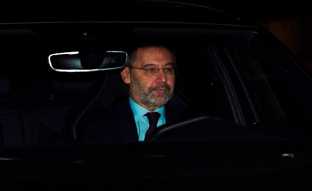 Policía autonómica de Cataluña detiene a Josep Maria Bartomeu