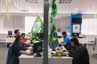 http://vnoticia.com.br/noticia/2837-dispensa-em-dia-de-jogo-do-brasil-depende-do-patrao-diz-fecomercio-rj