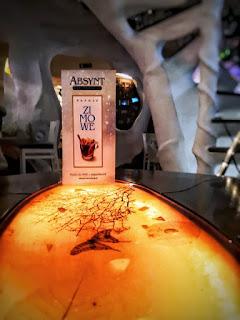 Restauracja Absynt, Nowy Targ, Nowy Targ restauracja, zwiedzanie, podróże, Polska, Kot Warszawski