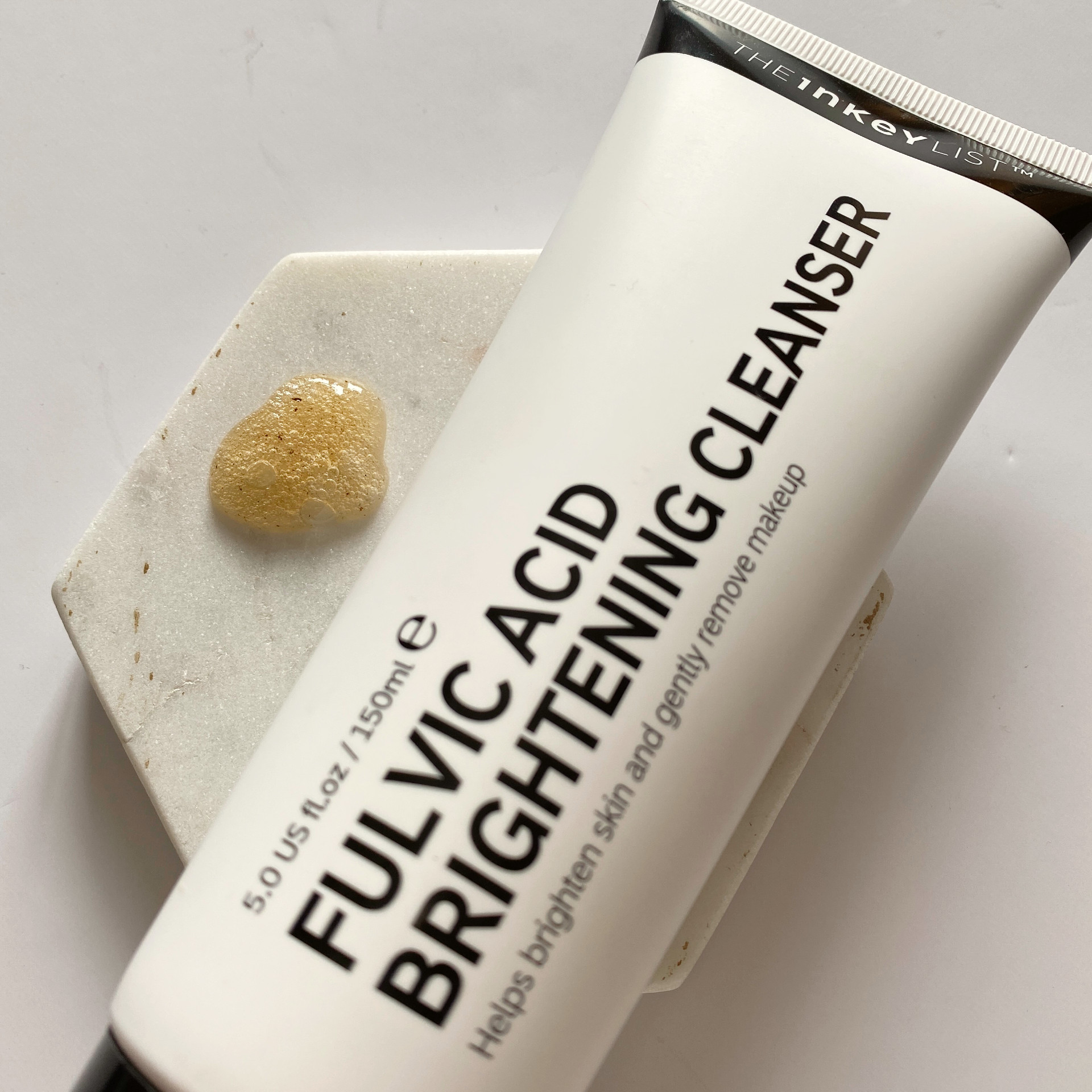 the inkey list fulvic acid brightening cleanser review