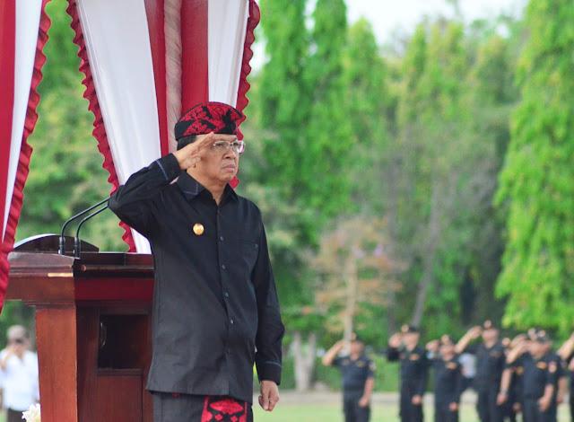 Hari Pahlawan, Gubernur Koster Lepas Pasukan Napak Tilas Pataka