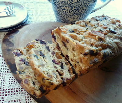 Ginger & Dried Fruit Fruitcake