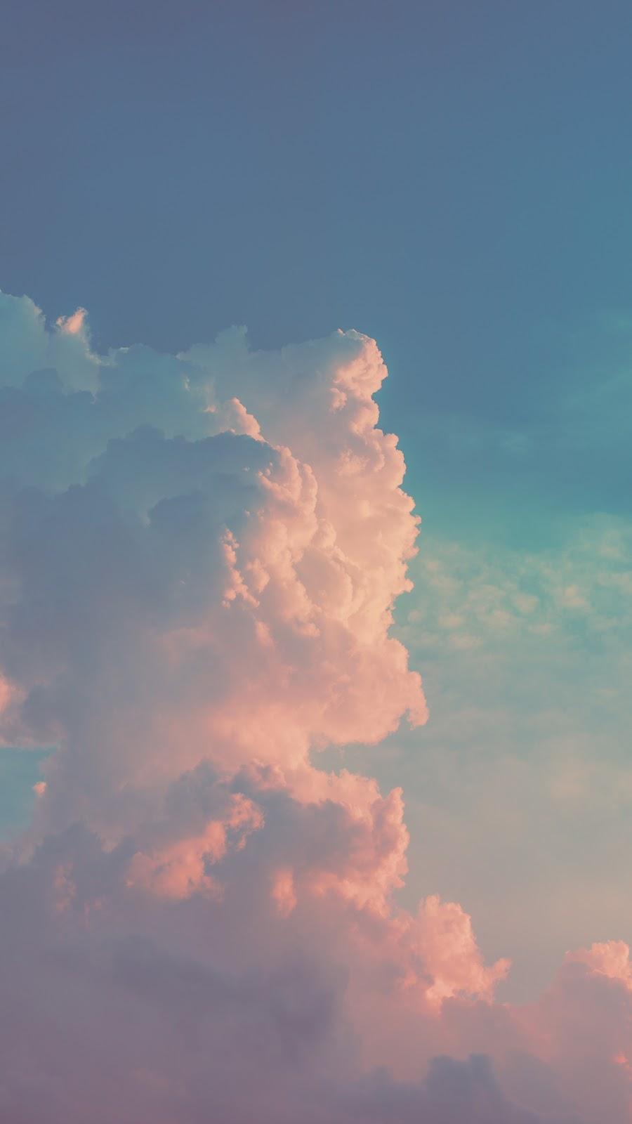 Hình nền mây trên bầu trời đẹp lạ kì