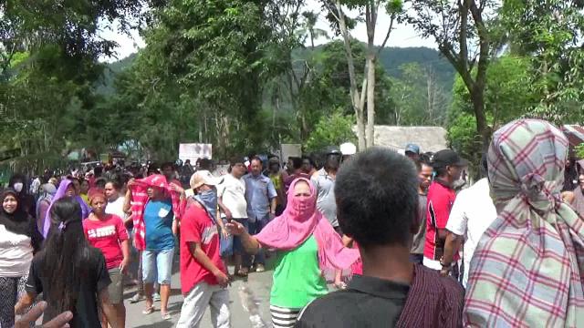 H-1 Eksekusi Lahan Sampoddo, Polisi Kumpulkan Batu di Lokasi