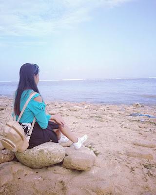 Pantai Balekambang Yang Indah