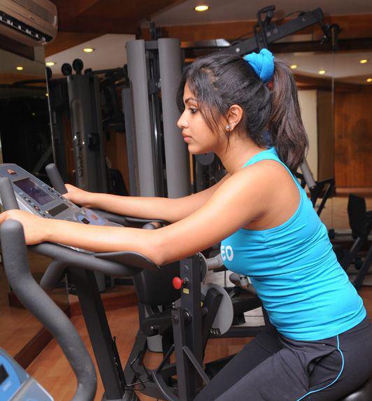 Unseen Tamil Actress Images Pics Hot: shika hot bikini