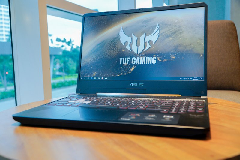 Performa Asus TUF Gaming FX505DY R5697T