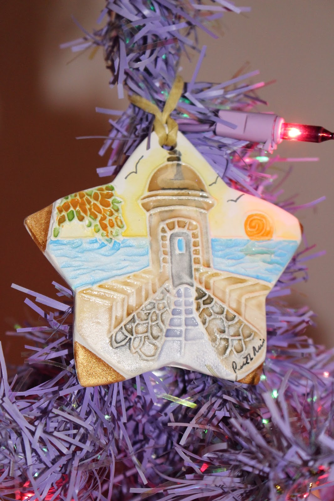 Apple Hill Christmas Tree