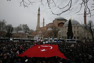 erdogan-agia-sofia-allagi-kathestotos