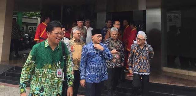 Zulkifli Hasan: Umat Islam Harus Bersatu Dukung Jokowi