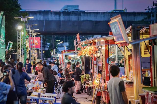 Nikmatnya Jajanan Kuliner di Bangkok