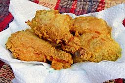 Ayam Goreng Bumbu Kuning Renyah dan Lezaat