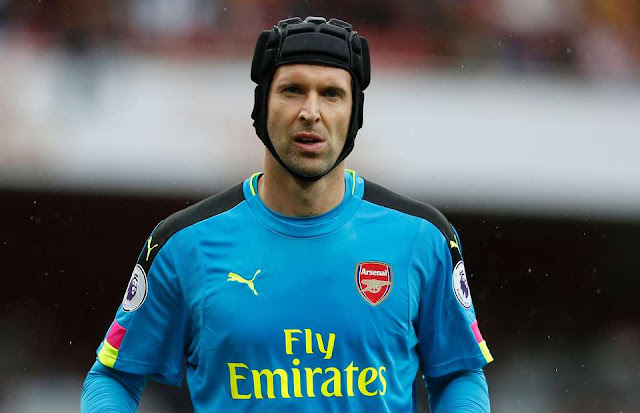 Arsenal Prepare £25 Million Offer For Cech Replacement