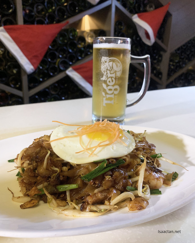 Char Kuey Teow paired with Tiger Beer