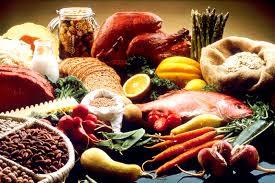 عشرة أطعمة متداولة نعتقد انها لا تزيد الوزن