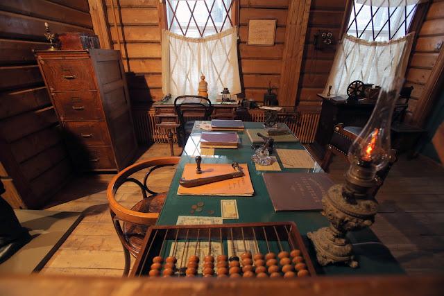 """Украинские бухгалтеры о запрете """"1С"""": Перейдём на деревянные счёты"""