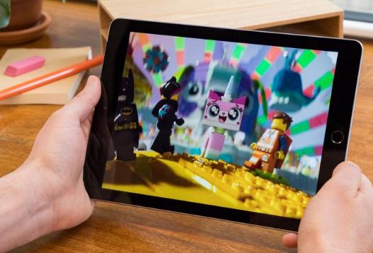 تصميم ايباد iPad 2018