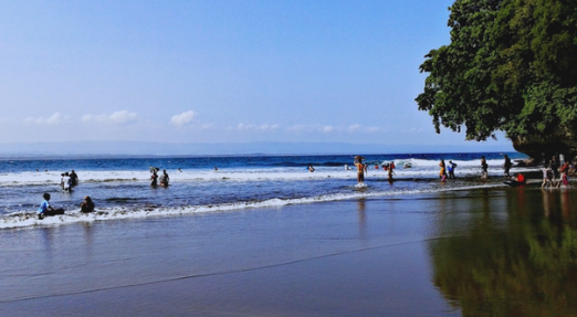 Pantai Batu Karas