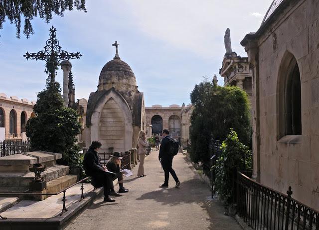 parada, visita, cementerio Poble Nou