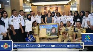 Chief Executive Hong Lam Marine Kunjungi STIP Jakarta