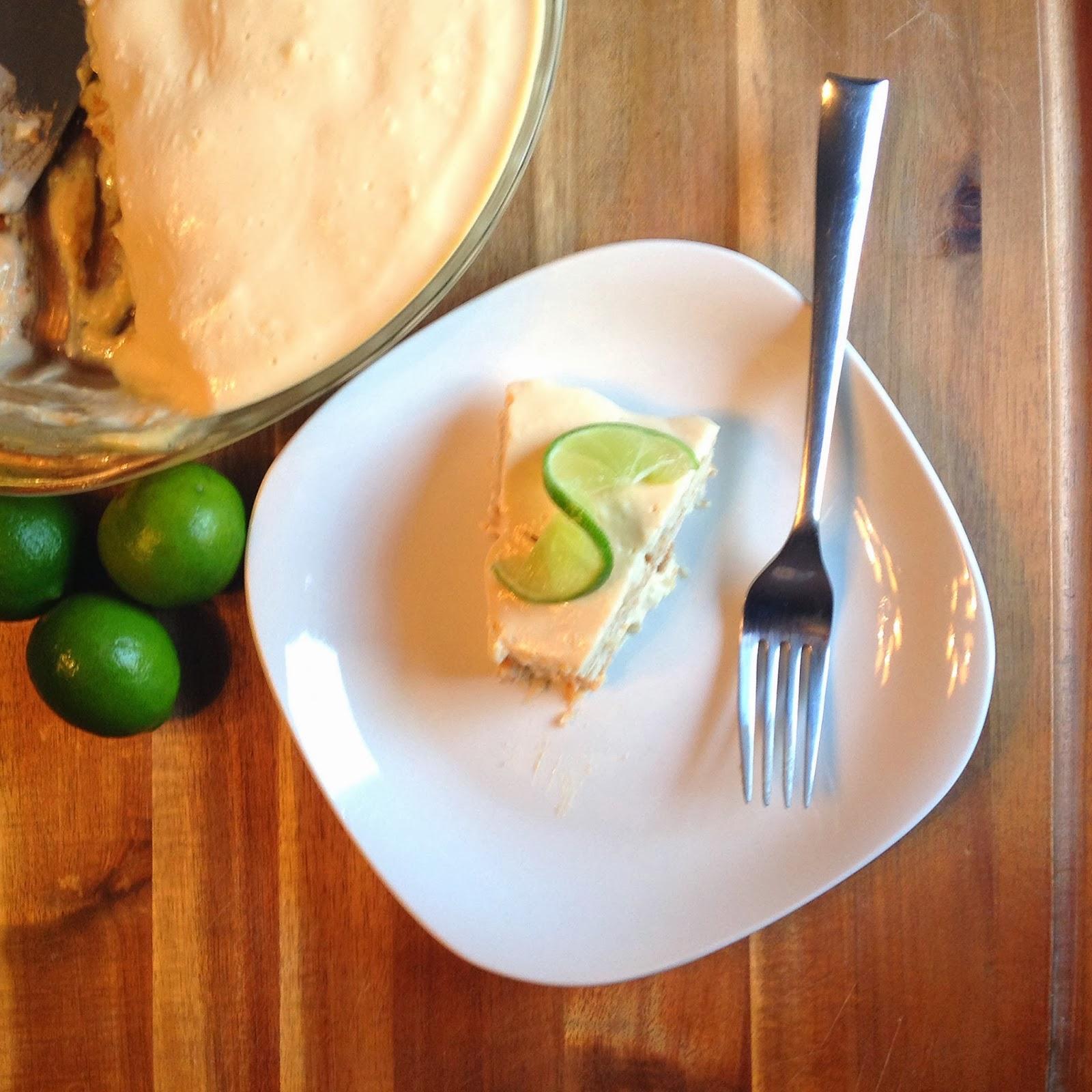 carlota de limon con galletas marias