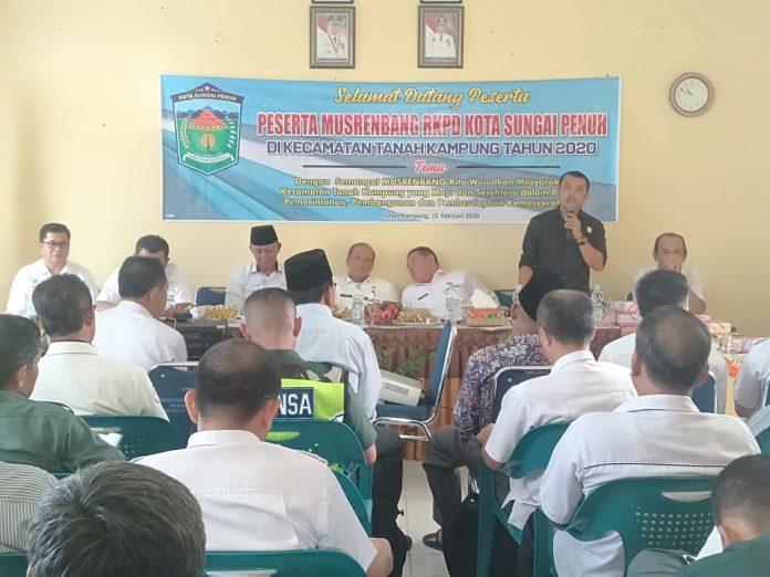 Anggota DPRD Dapil 3 Hadiri Musrenbang Kecamatan Tanah Kampung