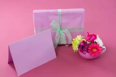 أفضل النصائح لشراء هدية عيد الأم المثالية لأمك!