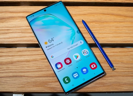 Samsung Galaxy Note10: panel Dynamic AMOLED FHD+ de 6.3'', cámaras triples y S Pen mejorado
